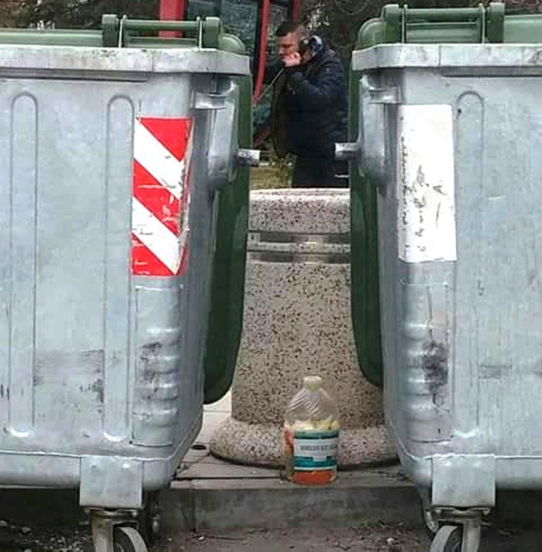 Kad turšija prkosi kantama za đubre (FOTO)