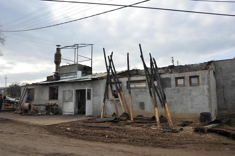 Izgorela fabrika peleta u Suvoj Moravi kod Vladičinog Hana