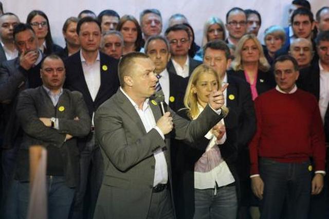 Pajtić: Da Srbija postane pravedna zemlja