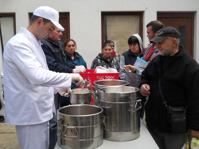 Besplatni obroci za siromašne iz viškova kuhinja
