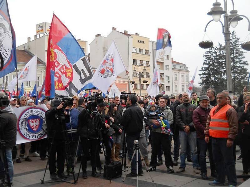 General Dikić u Nišu: Poslanici pljunuli na srpski narod i žrtve NATO-a