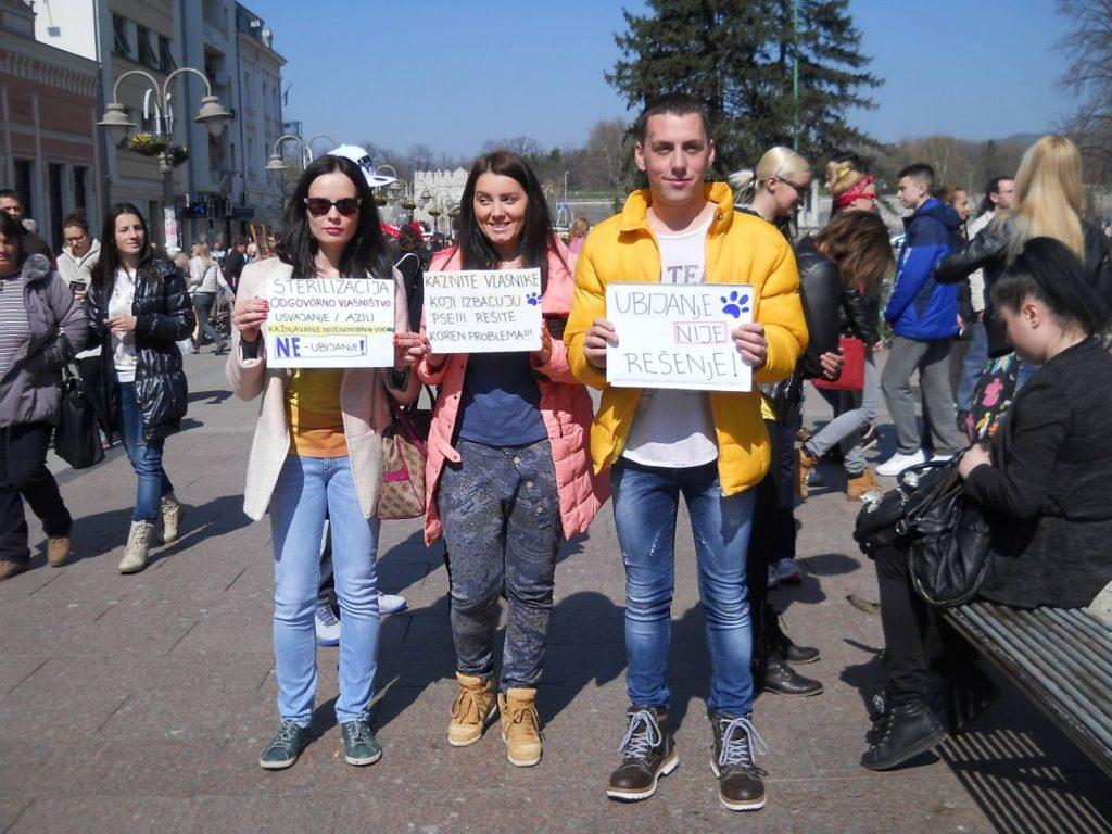 Protest u Nišu zbog hvatanja pasa lutalica