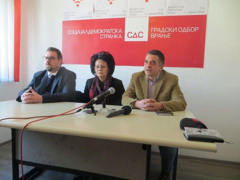 Vranjski SDS otkazao poslušnost Tadiću