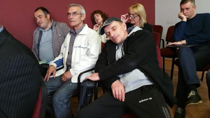RAŠOMONIJADA U BOJNIKU Kandidati za odbornike četiri noći spavaju u Skupštini