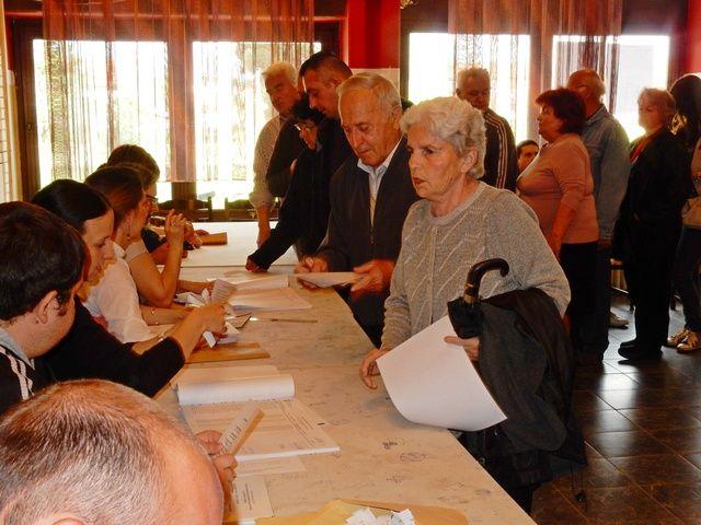 Lebančani najmnogobrojniji na biralištima, Leskovčani na začelju