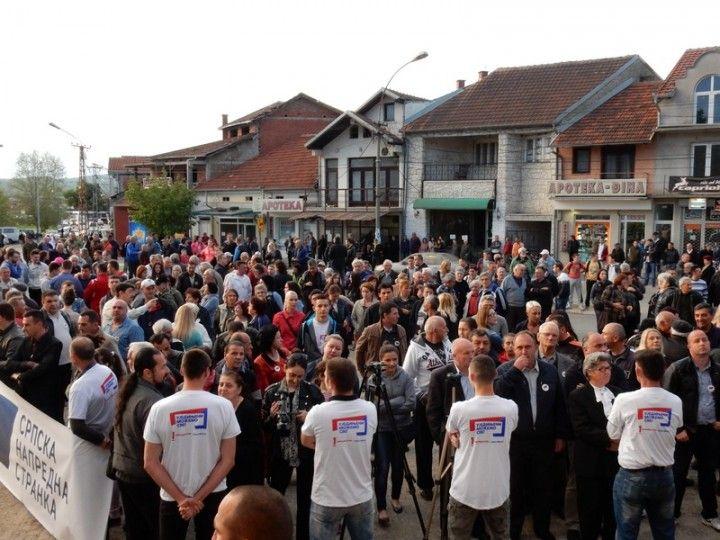 SNS očekuje ubedljivu pobedu u Vlasotincu