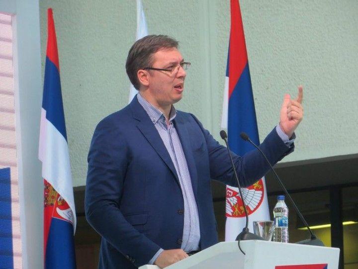OPŠTINARI BACALI PARE? Vučić menja Zakon o finansiranju lokalnih samouprava