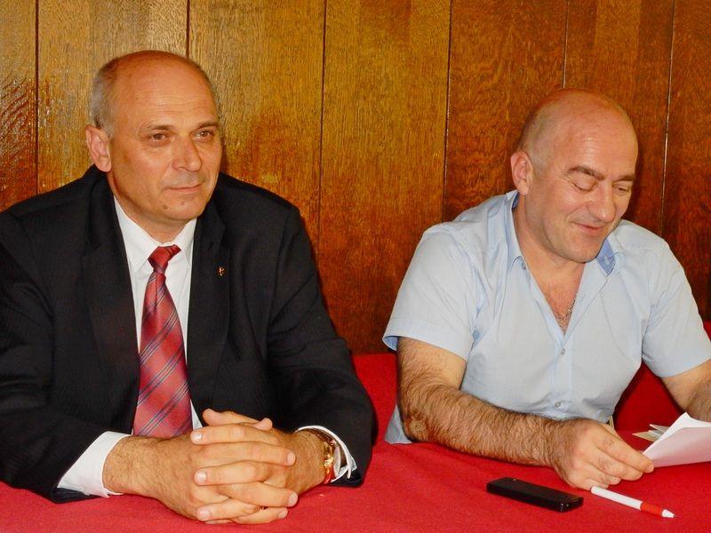 LESKOVAC02_Goran Jovic_Yamneik predsednika i Srdjan Jovic predsednik SO Lebane (s leva na desno)_FOTO M Ivanovic