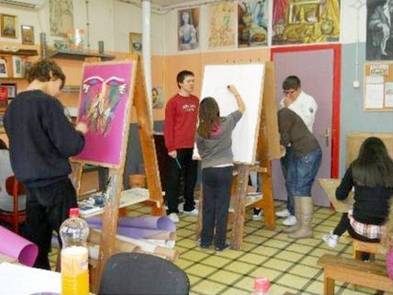 Narodni univerzitet iz Vranja otvara vrata umetnicima
