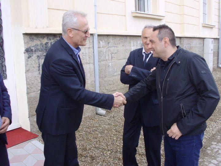 Ministar Vulin otvorio nove prostorije Centra za socijalni rad u Vlasotincu