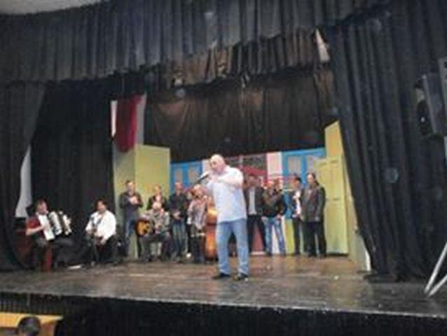 Gradski orkestar zatvorio Dane Vlasotinca