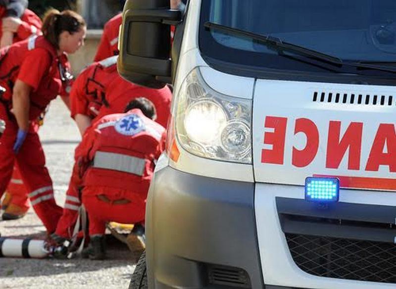 Mladić iz Leskovca se povredio na bazenu u Žitorađi, hitno prebačen u prokupačku bolnicu