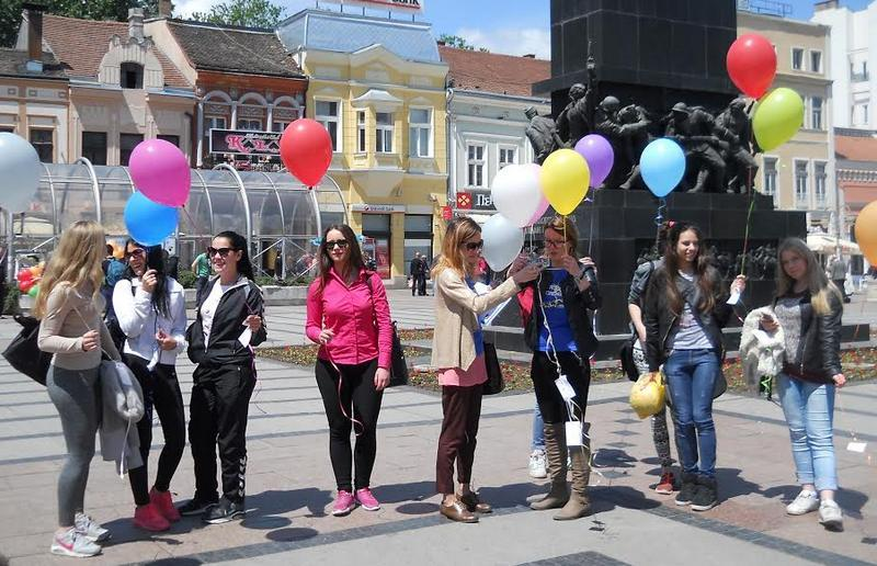 Balonima i srcima protiv homofobije