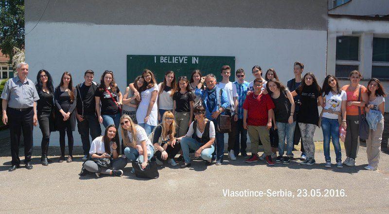 Srednjoškolci iz Italije u uzvratnoj poseti vlasotinačkim gimnazijalcima