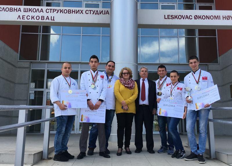 USPEH Leskovački kulinari osvojili 16 medalja u Bugarskoj