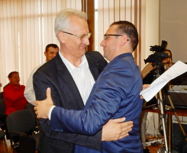 JEDNOGLASNO Zoran Todorović po treći put predsednik opštine (FOTO,VIDEO)