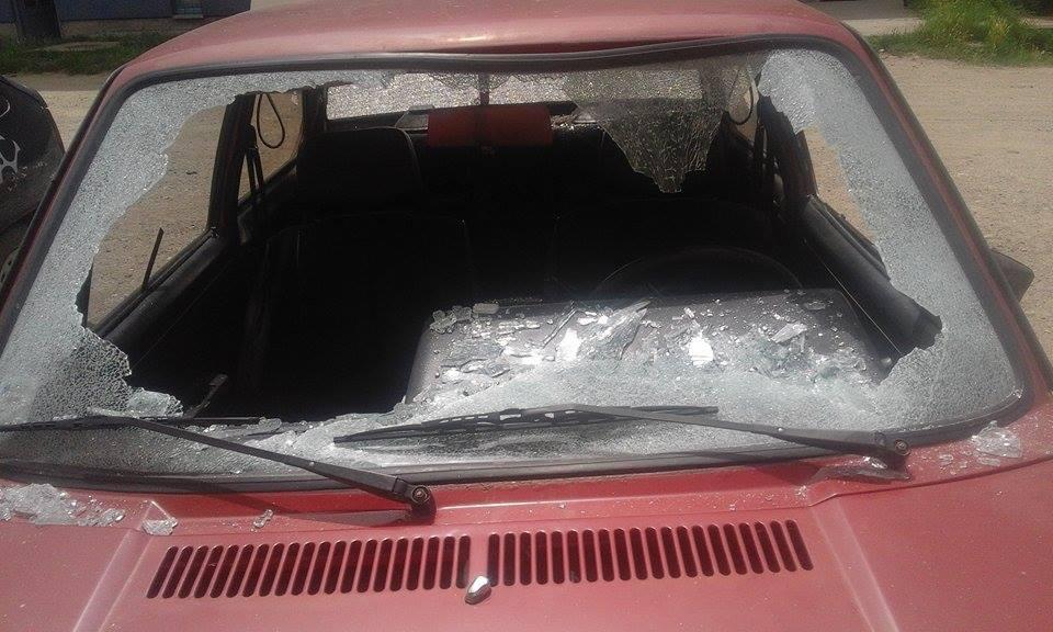 Pred svako ročište mu demoliraju automobil?