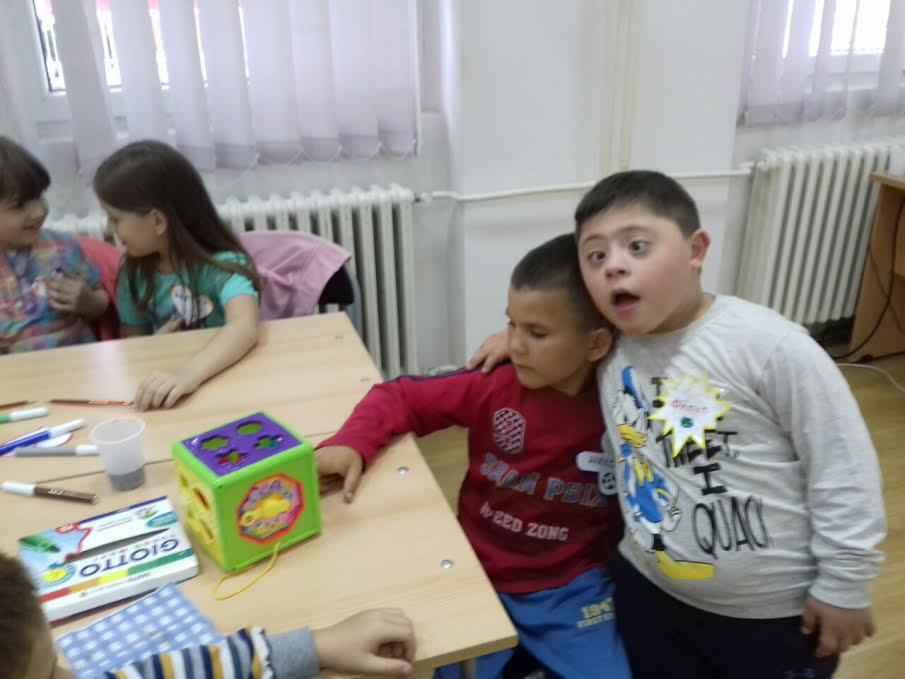 Deca ne znaju za razlike već samo za druženje
