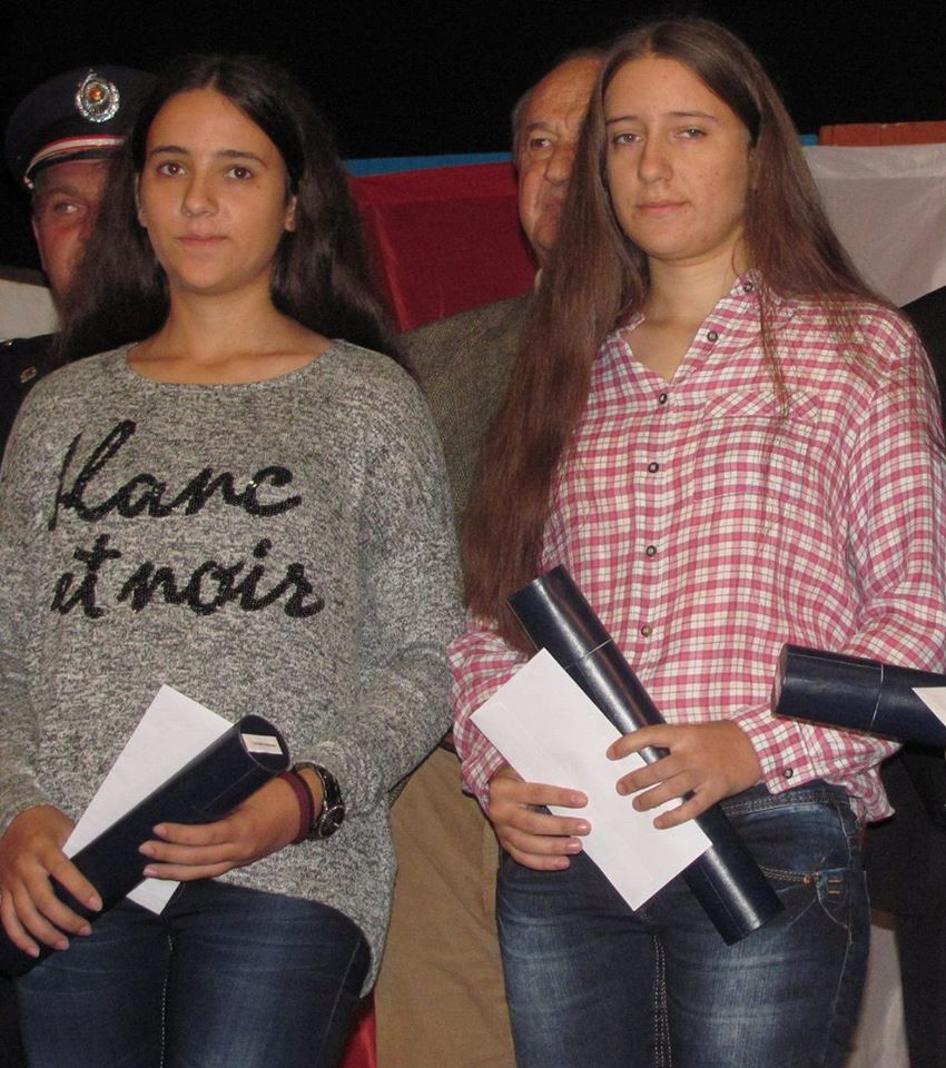 Sestre gimnazijalke najbolje na republičkoj Smotri talenata
