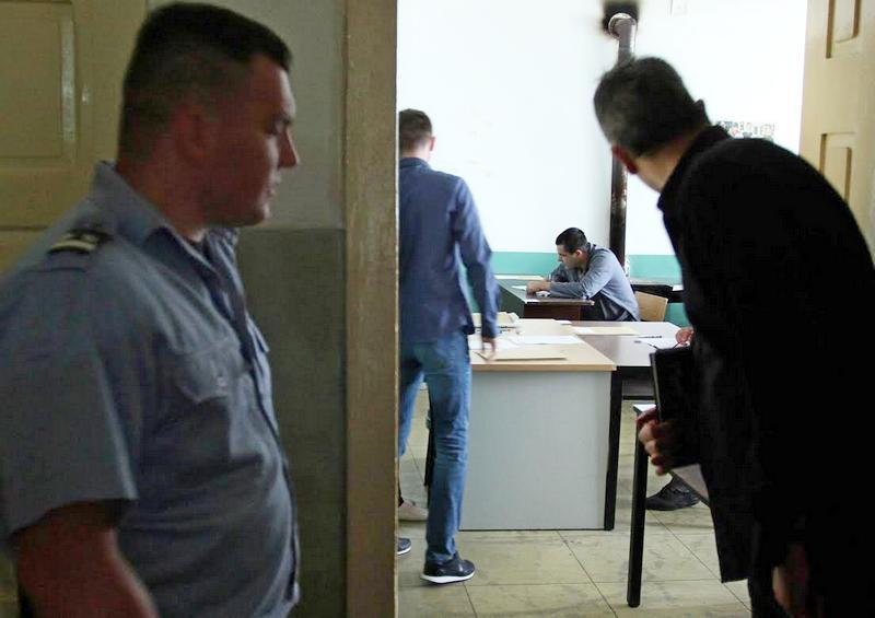 Zatvorenicima test iz srpskog bio – lak
