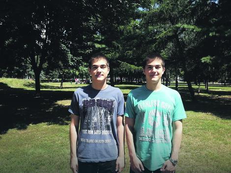 Blizanci iz Niša među 10 najboljih mladih astronoma u Srbiji