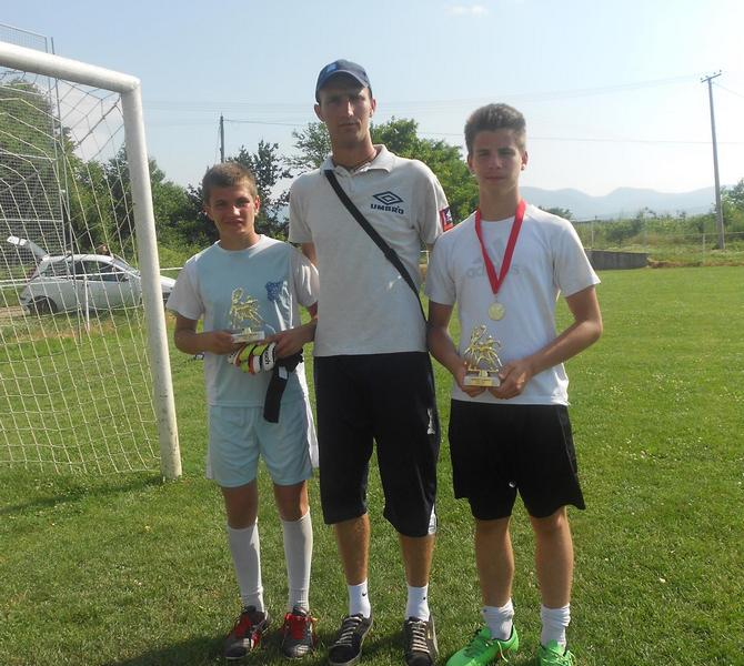 USPEH Leskovački golmani osvojili 7 medalja i 2 pehara