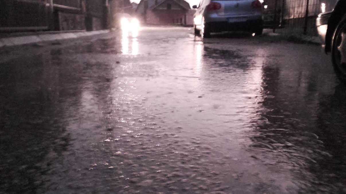 UPOZORENJE Velike kiše očekuju Leskovac, Vranje i Pirot