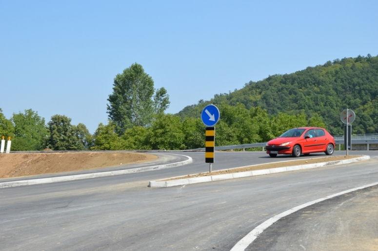 Selo Burgici dobilo priključnu petlju na put M1