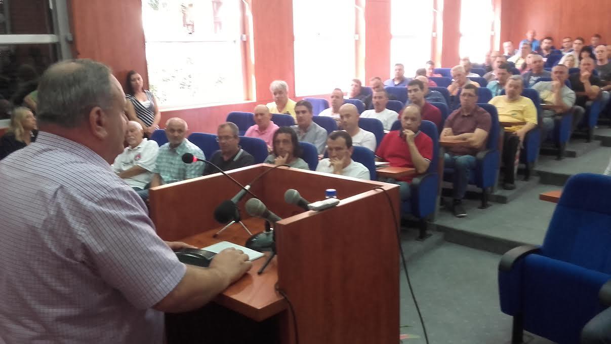 Cvetanović uvodi strogu kontrolu trošenja para u sportskim klubovima