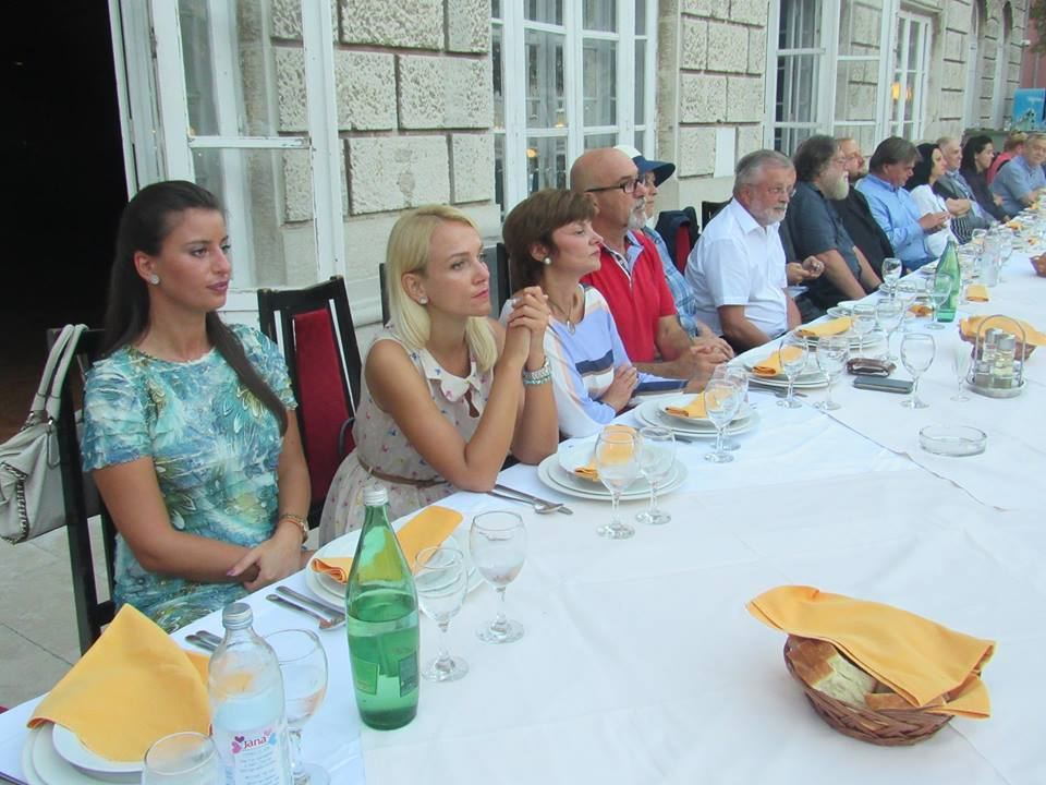 (FOTO) Evo ko predstavlja Leskovac u Istri