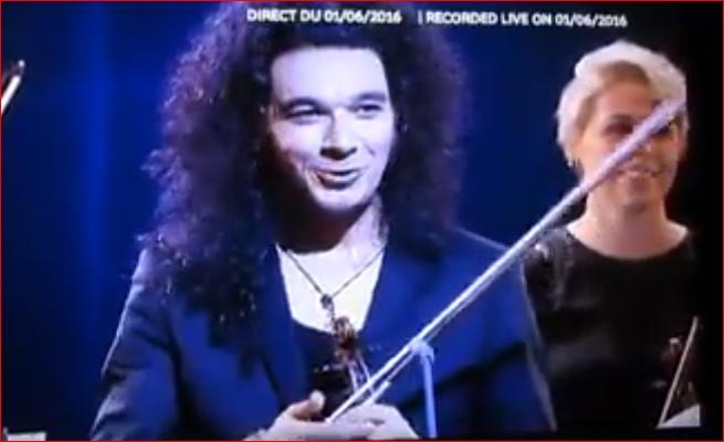 "ČUDESNO ""Niškom Banjom"" digao Parižane na noge (VIDEO)"
