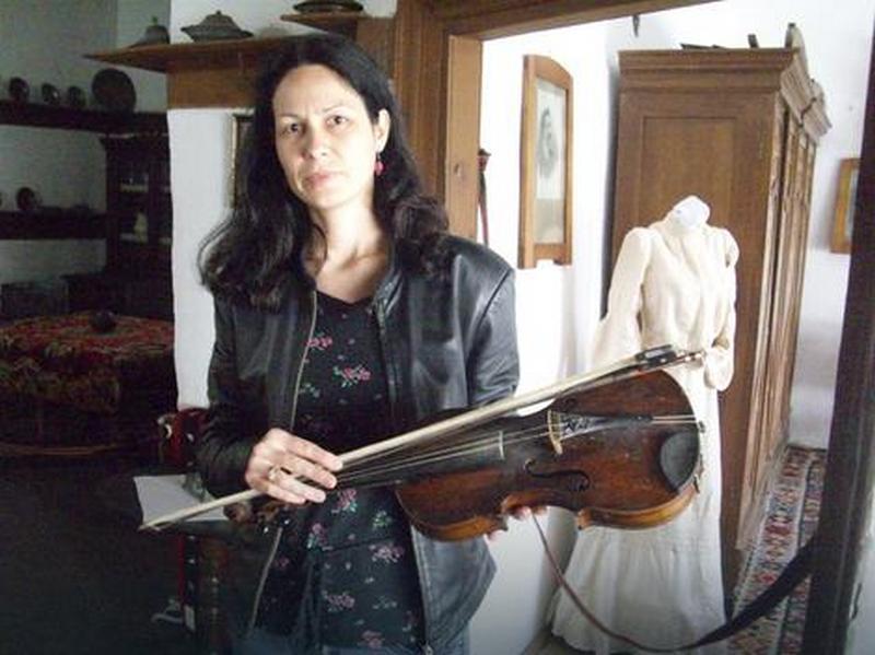 SVEDOK ISTORIJE Violina koja je prošla albansku golgotu
