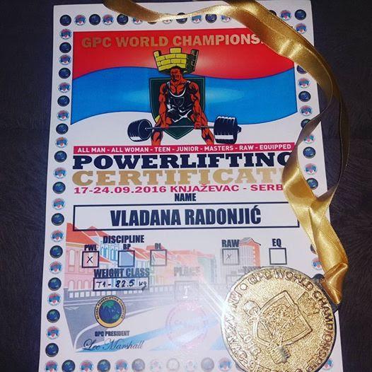 Vladana Radonjić (15) svetski šampion u powerliftingu