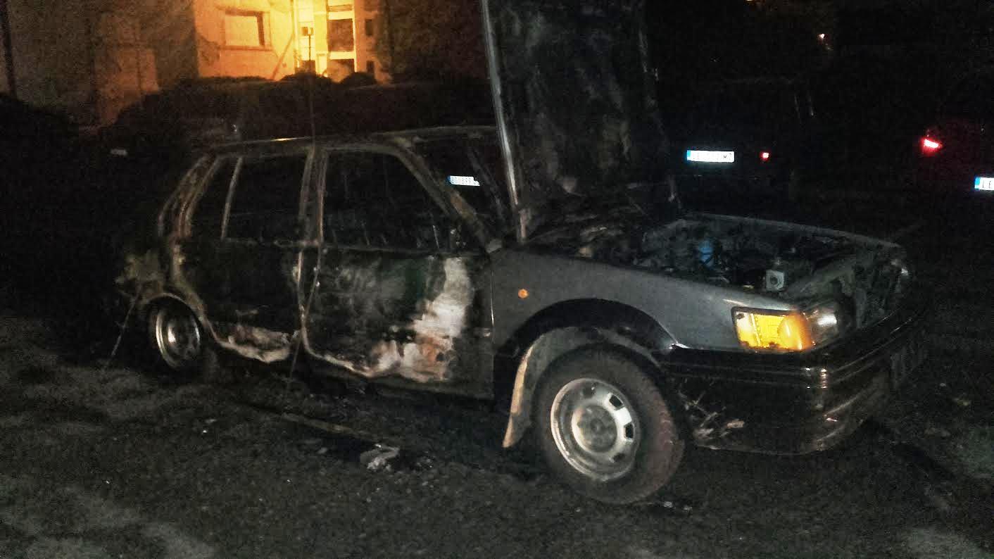 Izgoreo automobil na parkingu kod Lamela, POŽAR PODMETNUT?