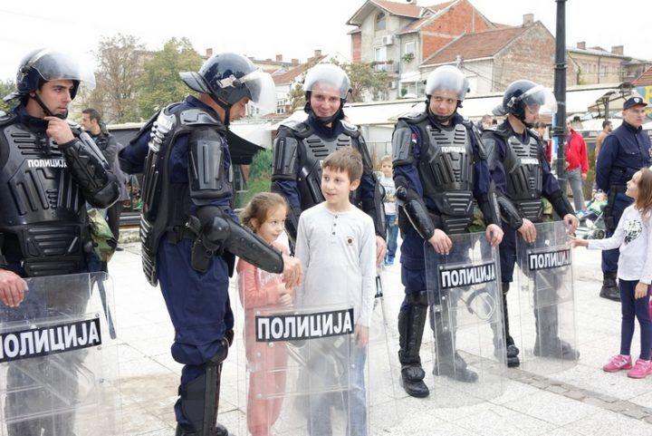 policija_defile_1