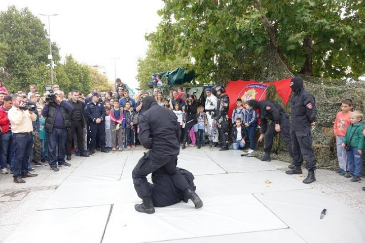 policija_knindze