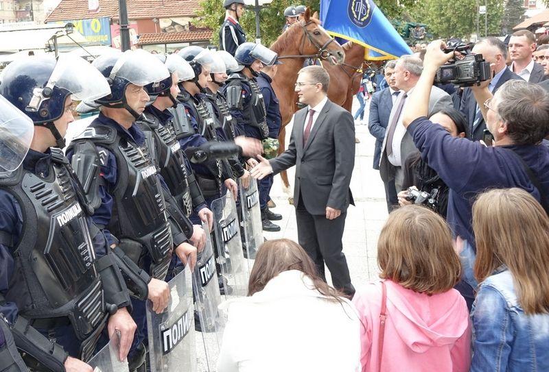 Zapošljavanje Roma u policiju – dvosmerna ulica