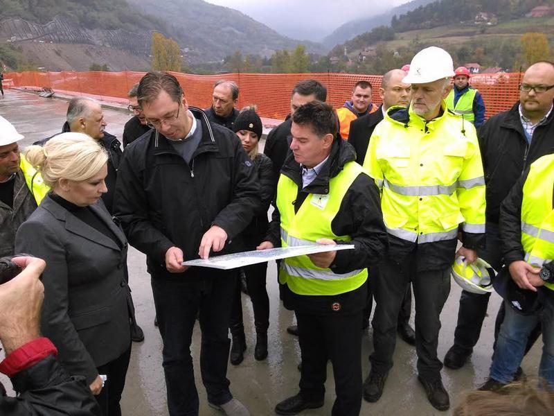 Vučić: Čekamo koliko će EU dati za Niš-Priština