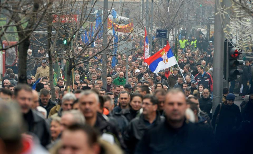 Vojni sindikat: Naša vozila šalju na remont u privatnu firmu iz Leskovca po višestukoj ceni
