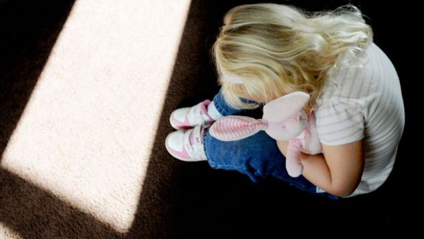 Mesecima zlostavljali jedanaestogodišnju devojčicu