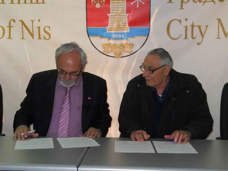 Opština Pantelej dobila na poklon vrednu etno zbirku