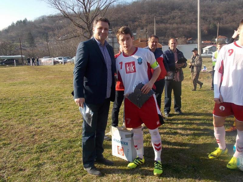 Milenko Arsić donirao opremu fudbalerima Jablanice
