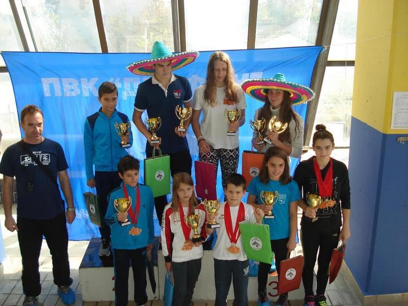 """Plivači """"Leskovca"""" osvojili 13 medalja i pehar"""