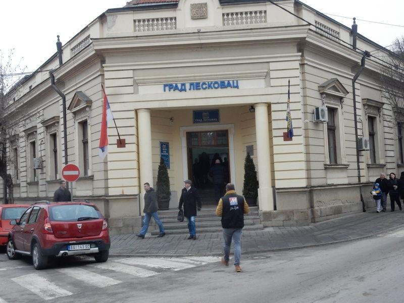 Za putne troškove prosvetara iz gradske kase isplaćeno 7,4 miliona dinara