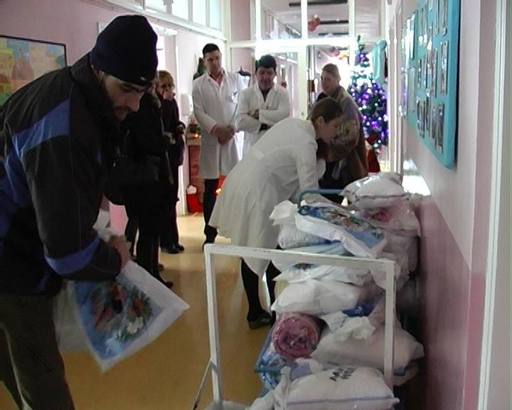 Pokloni vredni 300 hiljada dinara za mališane na pedijatriji