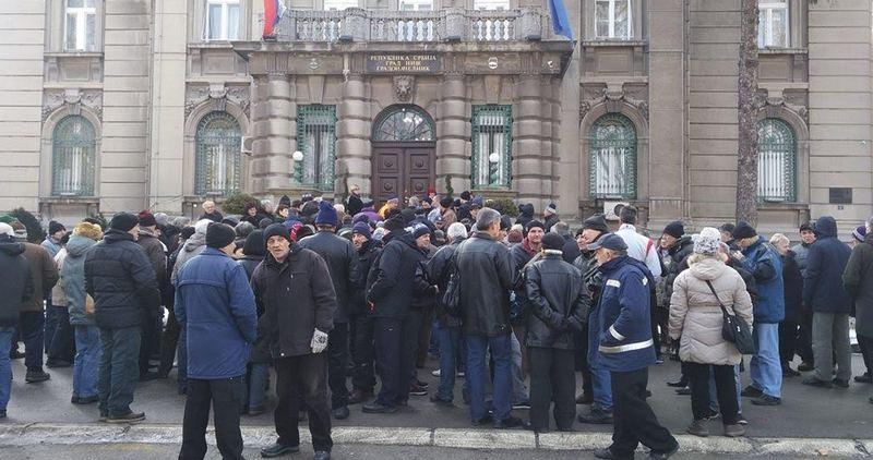 Radnici ponovo protestuju zbog neisplaćenih minimalca