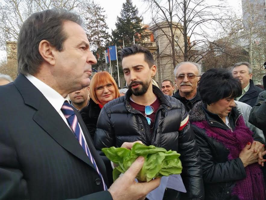 Karić: Zabranićemo abortuse u Srbiji