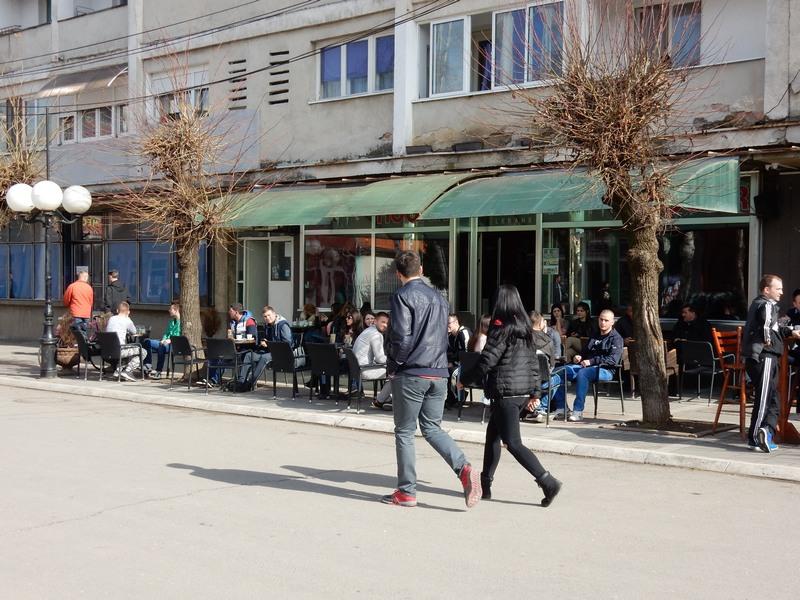I pogled diktira cene: Kafa u Lebanu duplo jeftinija nego u Leskovcu