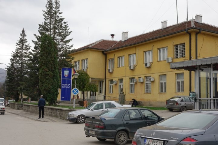 Svatovi nakon svadbe krenuli da posete roditelje, uhapsila ih kosovska policija
