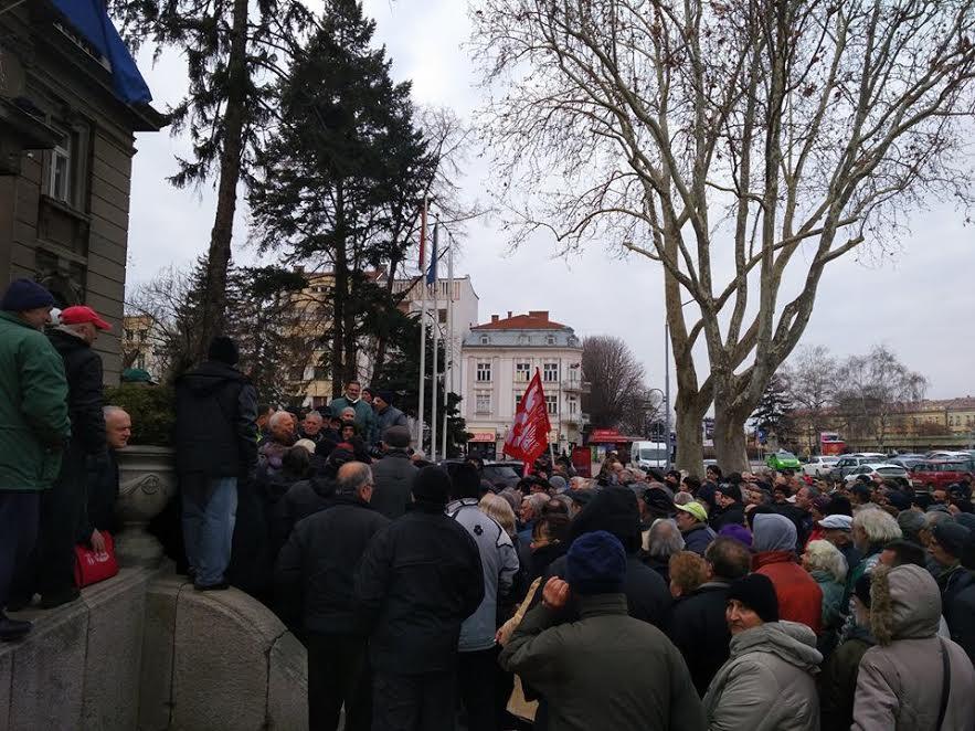 Protest radnika u Nišu: Umesto para ponovo dobili obećanja